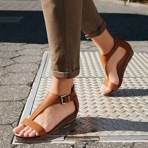 Reaction Kenneth Cole Tan Great Show TStrap Sandal